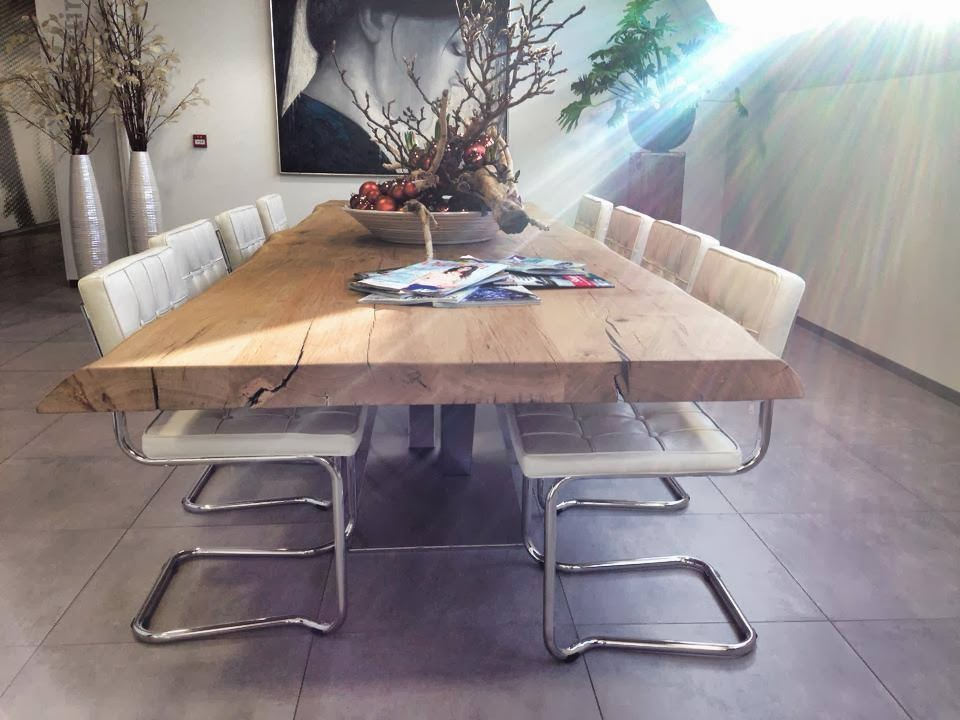 Stoere tafels planetfem what women want for Hippe eettafel stoelen